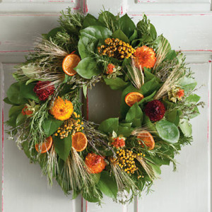 1430_27113-heirloom-wreath