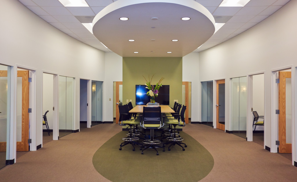 new Design Suite added at Currey & Company