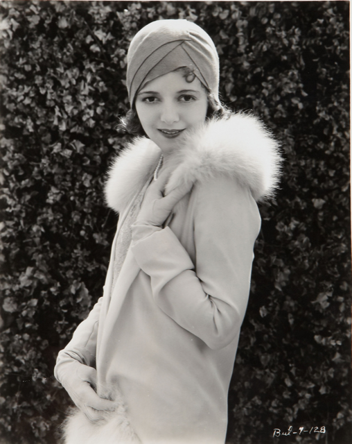 Janet Gaynor in a cloche