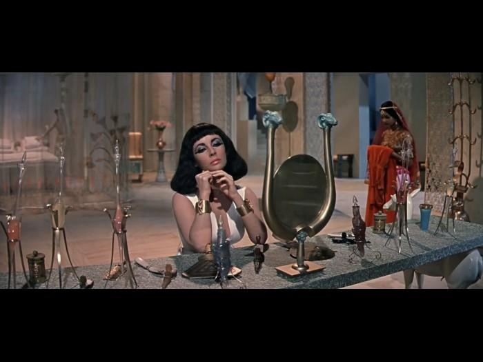 Elizabeth Taylor at Vanity in Cleopatra