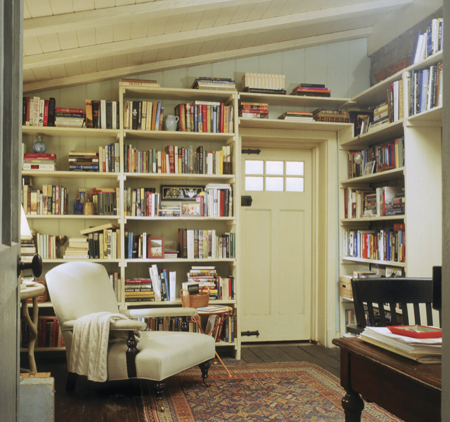 Iris Simpkins' library in The Holiday
