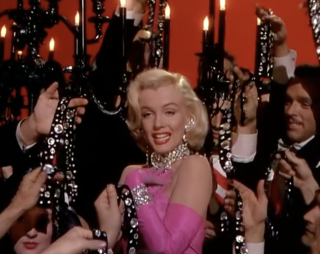 Marilyn Monroe performs