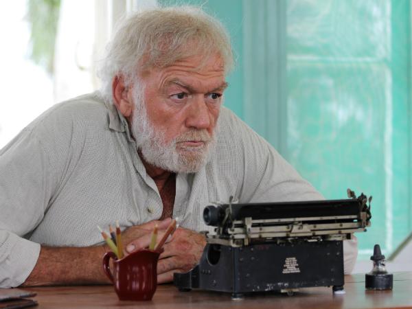 Adrian Sparks in Papa Hemingway in Cuba