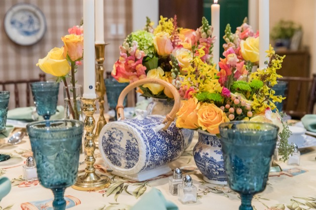 A romantic table setting designed by Ruthann Ross