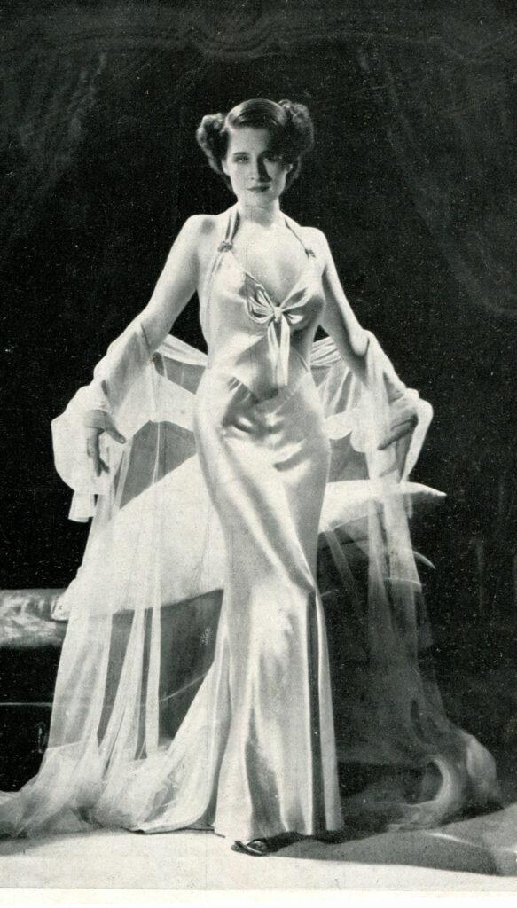 Norma Shearer in 1934 in Riptide. Image in public domain.